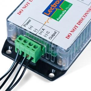 LECTROS elektroozmótikus falszárítás - Tápegység nedvesség-észlelő monitorral
